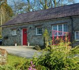 cottages_home_byre