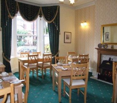 6680-Chelmsford_Place_Guest_House_1